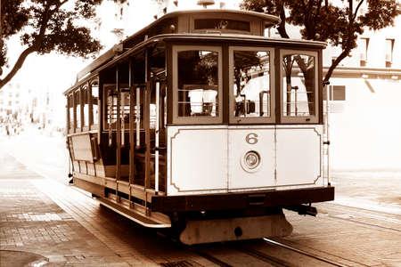 Old tram - Il est le moyen le plus populaire pour obtenir autour de la ville de San Fransisco qui est en service depuis 1873.