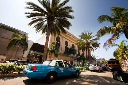 beverly hills: Beverly Hills, California, USA - September 18, 2011: Rodeo Drive in Beverly Hills, USA, during a hot summer day. There are more than 100 world-renowned boutiques in this area