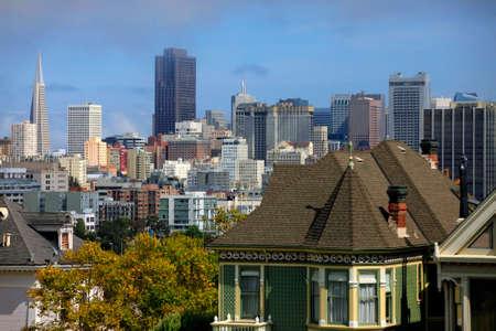 cartoline vittoriane: Visualizza per San Francisco con Alamo Square Editoriali