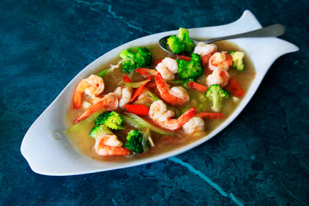 seafood salad: Prawn in sauce with a vegetables
