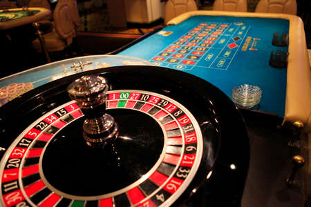 wheel spin: Roulette wheel in casino Stock Photo