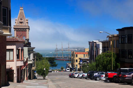 telegraph hill: San Francisco, California, USA - September 16, 2013 : The Bay and Alcatraz Island view from North point Street