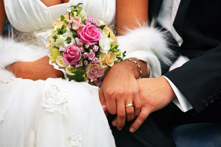 diamond ring: The groom keep the bride for hands