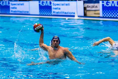 piscina olimpica: GENOVA, febrero, 27: M. Luongo (BPM Sport Management) en Brescia - BPM Gesti�n del Deporte (Copa de Italia) el 27 de febrero de 2015, G�nova (Italia). Editorial