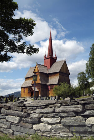 stave: Norway, cemetery around the stave church of Ringebu