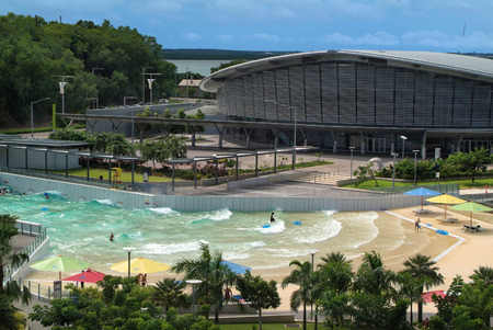 Australia - Darwin Convention Center on the Wharf Precinct - Waterfront - with wave pool named The Lagoon 版權商用圖片 - 37712320