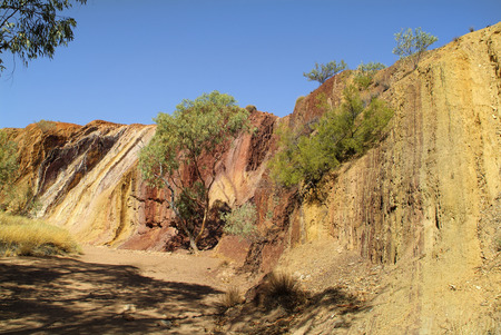 aborigines: Australia, Ochre Pits in Mac Donnell Range National park - Aborigines use the ochre for body painting