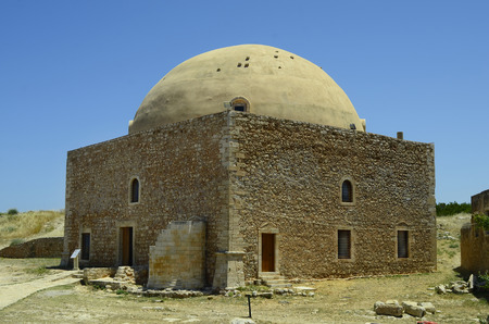 fortezza: Greece, Crete, Retymno, mosque sultan Ibrahim Han in fortezza Rethymno Editorial