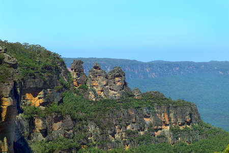 formation: Australia, Three Sisters rock formation in  Blue Mountains national park