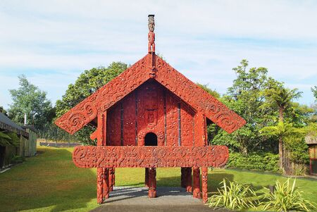 storehouse: New Zealand, ornated Wataka building - used as storehouse for Maori vilaggers