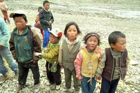 tableland: China - July 9th 2004: Unidentified children in the rural area of Tingri tableland