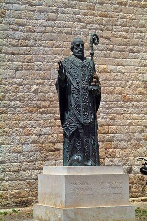 nikolaus: Bari, Italy - June 13th 2007: Sculpture of Saint Nikolaus aka San Nicola in the city in Puglia