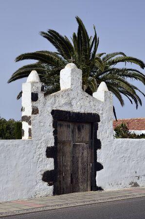 oliva: Spain, Canary Island, Fuerteventura, La Oliva, entrance to former chapel Stock Photo