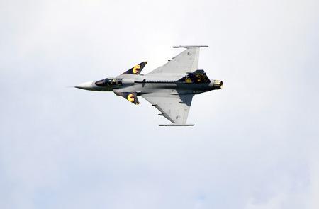 戦闘機の表示が名前兵力 16 公共航空ショーでサーブ JAS 39 グリペン別名をジェット ツェルトベク、オーストリア、シュタイアー マルク州 - 2016 年 9