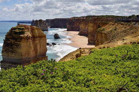 Australia, VIC, Twelve Apostles - natural landmark on Great Ocean Road in Port Campbell National Park