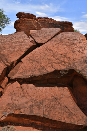 Australia, NT, public Ewaninga Conservation Reserve, area with prehistoric engravings and Aborigines historical site