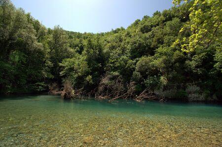 Greece, Epirus, clear water of Voidomatis river in Vikos-Aoos national park 版權商用圖片