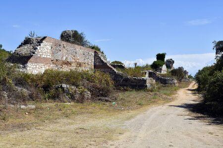 Greece, Epirus, fortified wall in ancient site of Nikopolis near Preveza 版權商用圖片