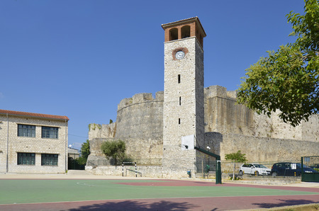 Greece, Arta, bell tower and medieval fortress behind, 版權商用圖片 - 134991428