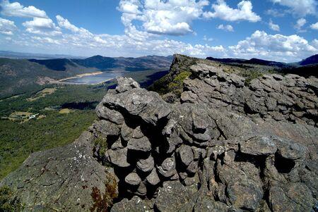 Australia, view from Pinnacle Lookout to Lake Bellfield in Grampians National Park 版權商用圖片