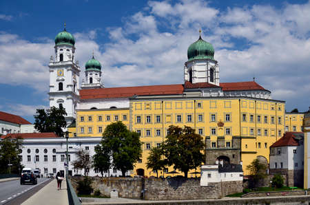 Germany, St. Stephen's Cathedral is a baroque episcopal church in the city of passau in Bavaria near the border with Austria, lies at the confluence of the Danube, Ilz and Inn rivers and is therefore also called the three rivers city