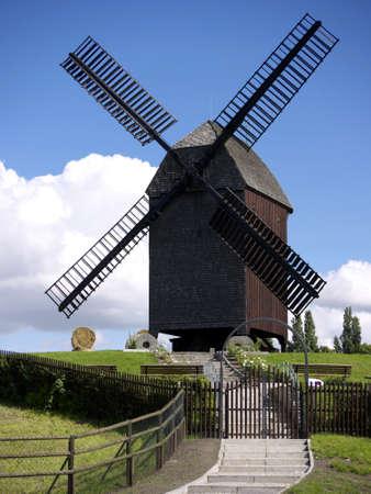 Windmill in Berlin-Marzahn, Germany, built by Harrie Beijk, 1994 Archivio Fotografico