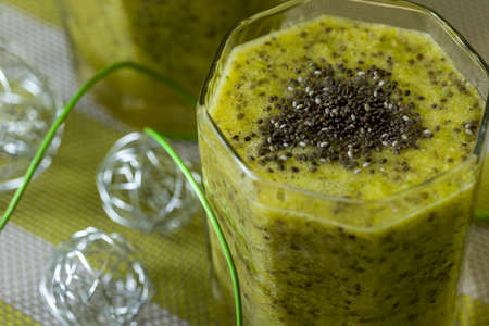Green smoothie with chia seeds - healthy and helps each diet.