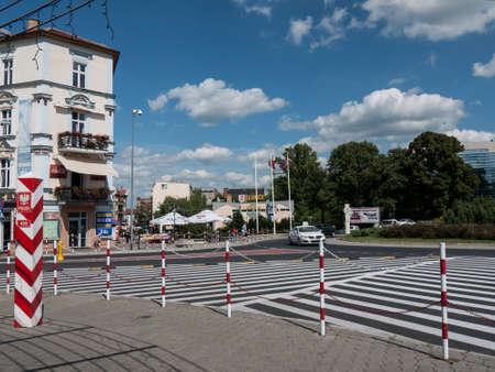 garden city: Slubice es una ciudad en el oeste de Polonia, en la frontera con Alemania. Para 1945 Slubice pertenec�a como Dammvorstadt o Garden City a Frankfurt-Oder.
