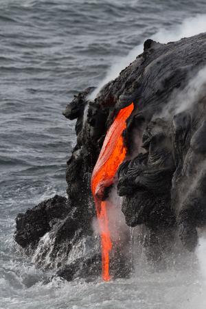 igneous: Lava flow in Hawaii