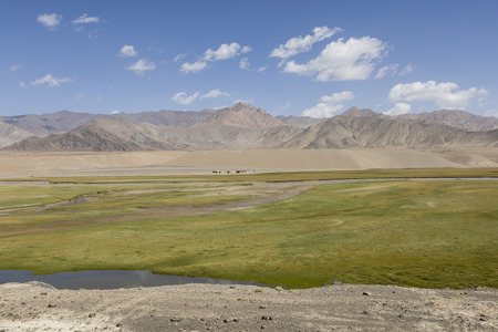 Landscape in the Pamir mountains in the area of Murghab in Tajikistan Banque d'images
