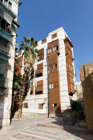 Old town of Jeddah with th historic wooden balconies in the Al Balad district, Saudi Arabia 免版税图像