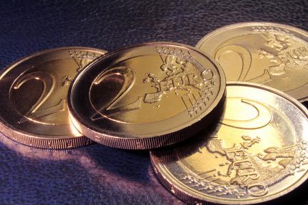 bimetallic: 2 euro coins