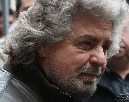 Beppe Grillo italiani uomo politico