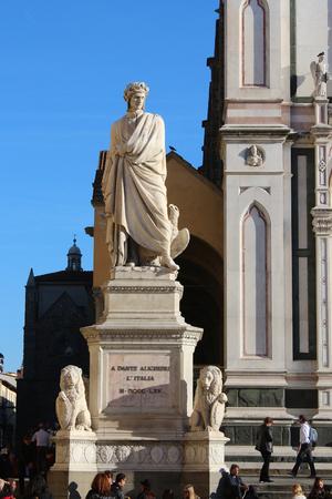 dante alighieri: Dante Alighieri monument, Santa Croce, Florence, Italy Stock Photo