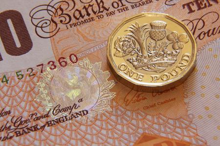 reverse: One british pound, new type 2017 Stock Photo