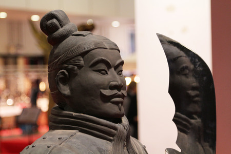 Ancient chinese statue soldier, copy and imitation Editoriali
