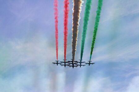 MODENA, ITALY, June 21, 2019 - Frecce Tricolori evolutions in the sky Archivio Fotografico - 125990566