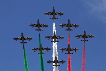 MODENA, ITALY, June 21, 2019 - Frecce Tricolori evolutions in the sky Archivio Fotografico - 125990569