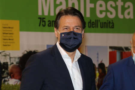 Modena, Italy, September 8, 2020 - Giuseppe Conte, prime minister of the Italian Republic, public interview at a Democratic Party event Redactioneel