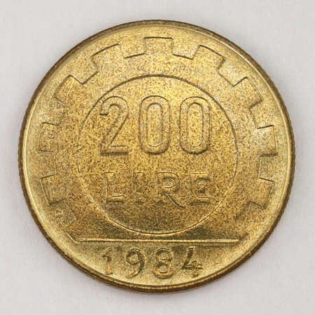 200 Lire 1984, Italian old lire coin, front side, Italy, vintage Archivio Fotografico - 162827164