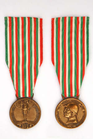 Commemorative medal of the Italian-Austrian war 1915-1918 WWI - 1920 Archivio Fotografico - 163813876