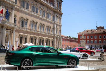 MODENA, ITALY, July 1 2021 - Motor Valley Fest exhibition, Maserati Quattroporte detail 新聞圖片