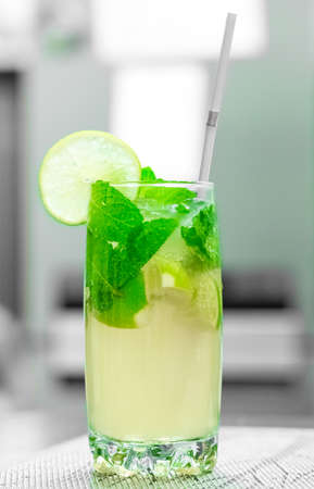 lime: Cocktails with lime and mint photo for you