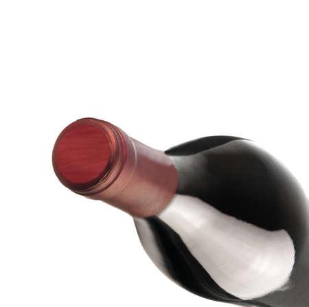 fles rode wijn op een witte achtergrond Stockfoto