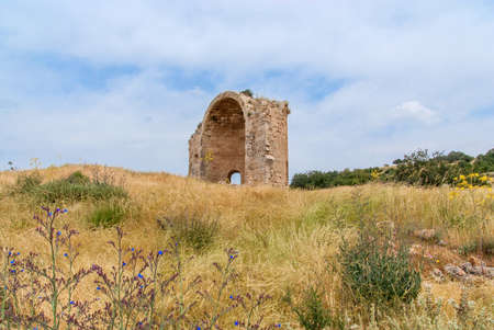 judah: Ruins of Crusader Church of St Anne in Bet Guvrin-Maresha National Park. It was one of the most important towns of Judah during the time of the First Templ Stock Photo