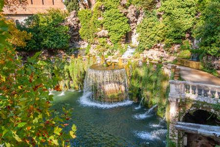 Villa D Este gardens in Tivoli - Oval Fountain or Fontana del Ovato local landmark of Tivoli near Rome - Lazio region - Italy . 免版税图像