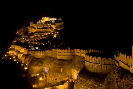 The Kumbal Garh fort in India, full of light by night