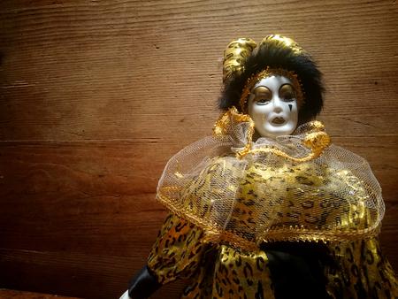 arlecchino: Un burattino di porcellana arlecchino Archivio Fotografico