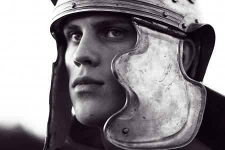 cascos romanos: Soldados romanos. Close-up cara.
