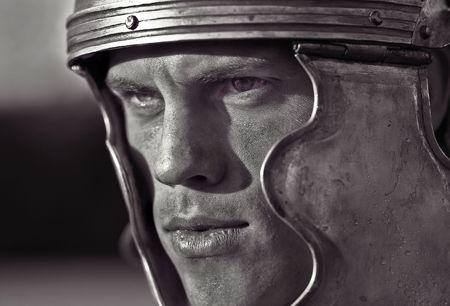 cascos romanos: Los soldados romanos. Close-up cara. Foto de archivo